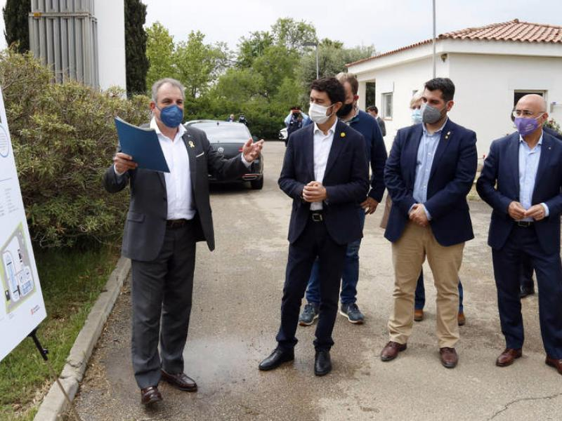 Visit from the Counsellor Damià Calvet to the WWTP of Riudoms