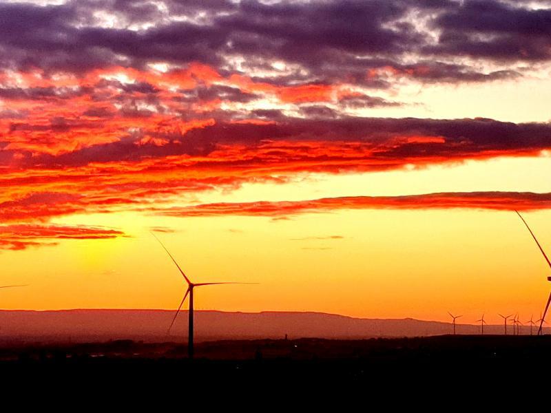 Parques Eólicos y Plantas Fotovoltaicas